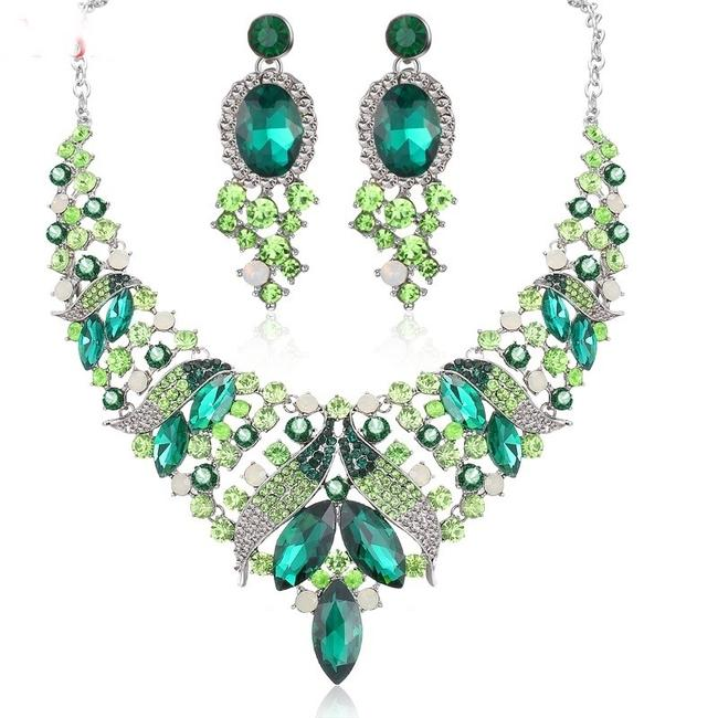 Item - Green White Crystal Chokers Necklace