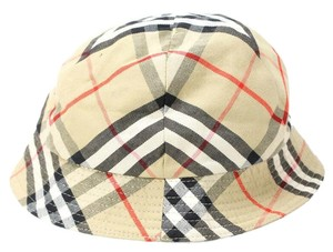 Burberry Hats   Caps - Up to 70% off at Tradesy 83a1785b486