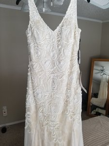 Adrianna Papell Ivory Beaded 181912300 Casual Wedding Dress Size 6 (S)
