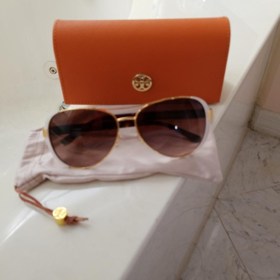 60faecddb25 Tory Burch White and Gold Metal Trim with Brown Tortoiseshell Sides ...