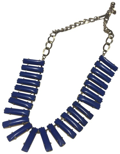 Preload https://img-static.tradesy.com/item/24924895/blue-metal-link-necklace-0-1-540-540.jpg