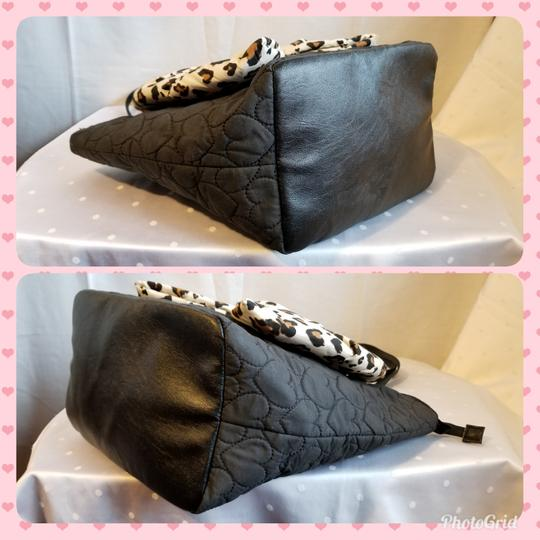 Betsey Johnson Tote in Black and Brown Image 6