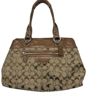 Coach Bags and Purses on Sale - Up to 70% off at Tradesy 9e4fbb4e7d3e7