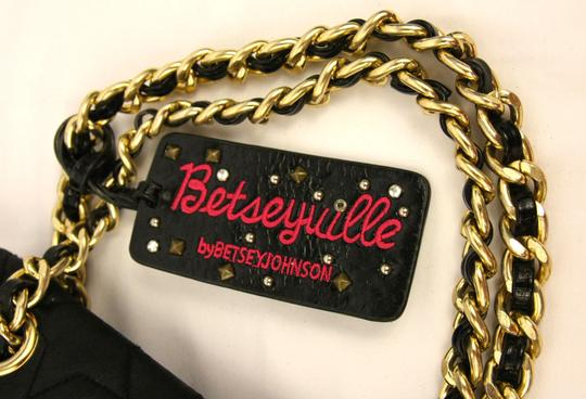 Betseyville by Betsey Johnson Quilted Chain Strap Star Fabric Embroidered Shoulder Bag Image 5