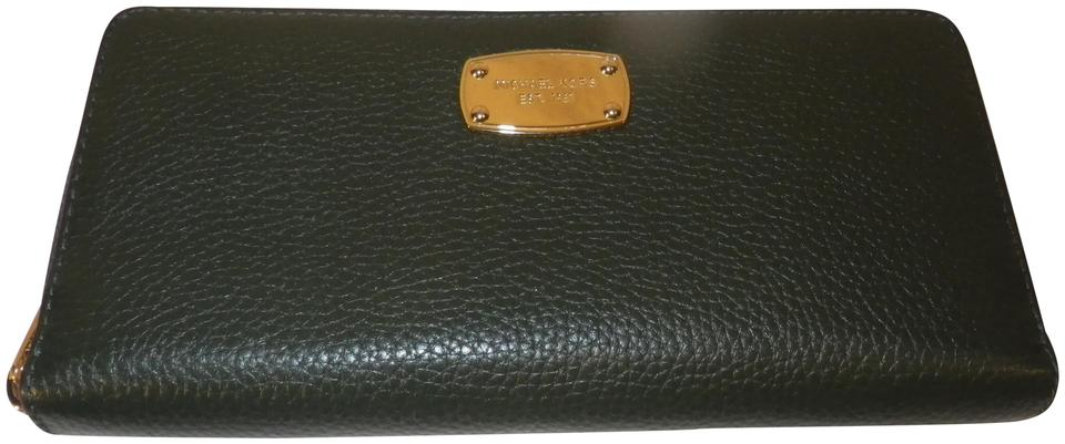 5561b13ab15d Michael Kors Forest Green Zip Around Wallet - Tradesy