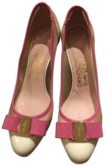 Preload https://img-static.tradesy.com/item/24925690/salvatore-ferragamo-ivorypink-pumps-size-us-6-regular-m-b-0-1-540-540.jpg