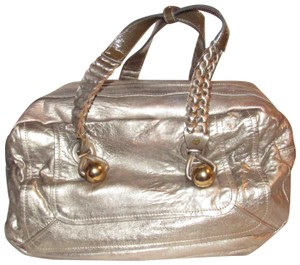Chloé Lots Of Pockets/Room Xl Tote/Satchel Heloise Excellent Condition Satchel in metallic gold leather with taupe leather