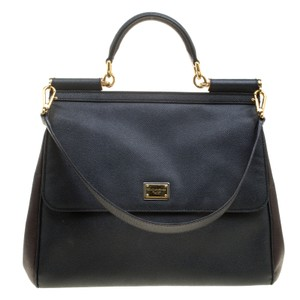 Dolce Gabbana Bags - Up to 90% off at Tradesy 784bec2753261