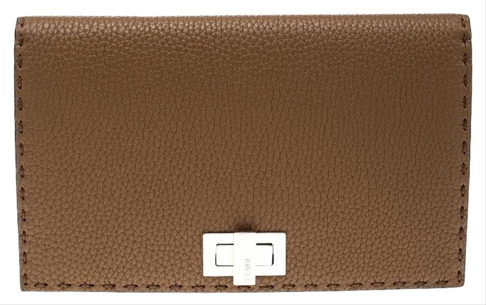 242648628a Brown Fendi Clutches - Up to 90% off at Tradesy