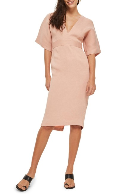Item - Nude Text V-plunge Mid-length Cocktail Dress Size 8 (M)
