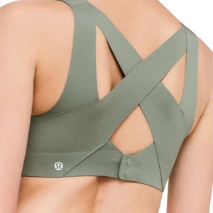 e673acaa48042 Women s Green Lululemon Active Sports Bras - Up to 90% off at Tradesy