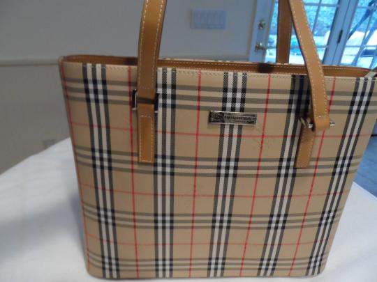 Burberry London Tote in Tan Image 2