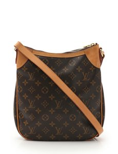 a388214bfe46 Louis Vuitton Odeon Cross Body Bags - Up to 70% off at Tradesy (Page 2)