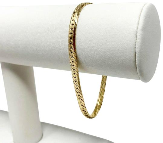 Preload https://img-static.tradesy.com/item/24928932/14k-gold-diamond-cut-etched-herringbone-link-chain-725-bracelet-0-1-540-540.jpg