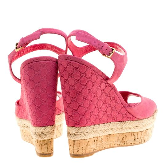 Gucci Suede Pink Wedges Image 2
