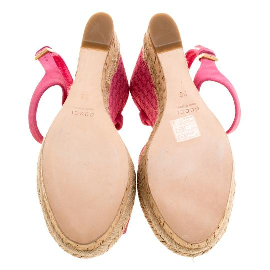 Gucci Suede Pink Wedges Image 3