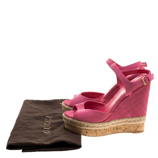 Gucci Suede Pink Wedges Image 7