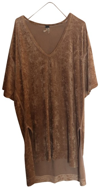 Preload https://img-static.tradesy.com/item/24929107/free-people-gold-luxe-tunic-size-10-m-0-2-650-650.jpg
