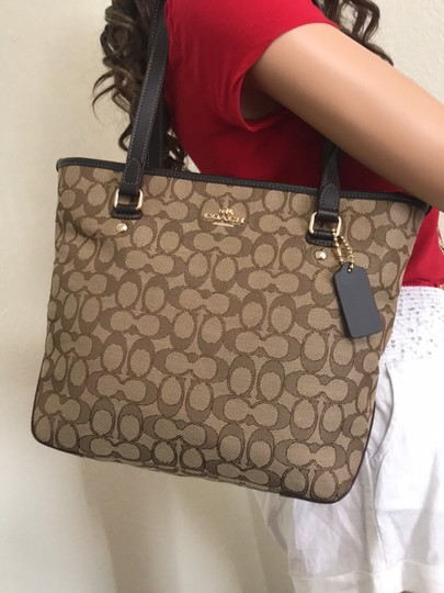Coach Tote in Khaki Brown Image 3