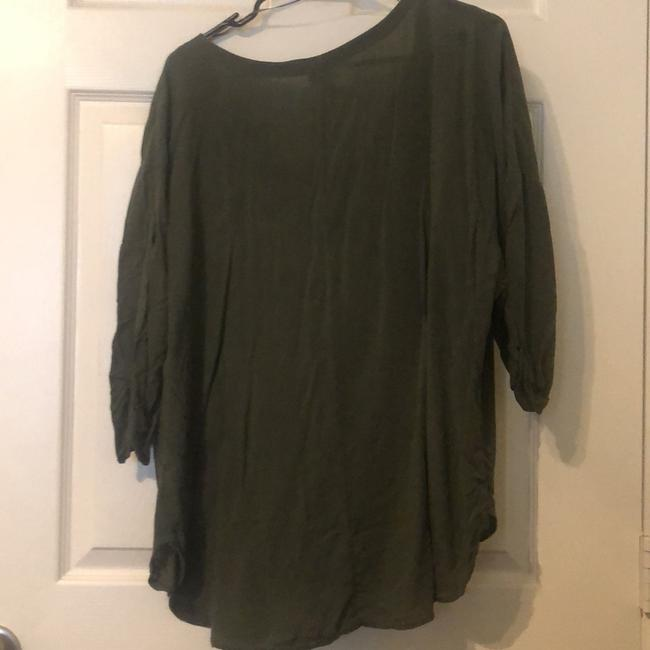 a.n.a. a new approach Top army green Image 1