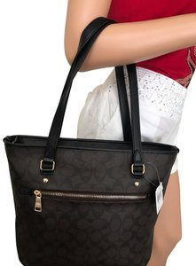 Coach Tote in Brown black
