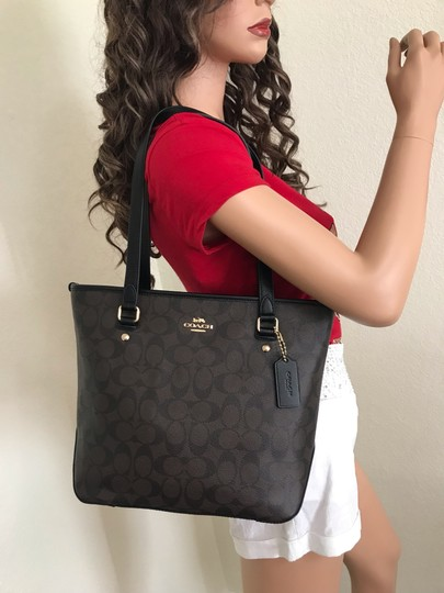 Coach Tote in Brown black Image 2