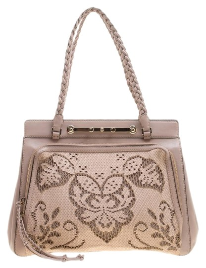 Preload https://img-static.tradesy.com/item/24929668/valentino-and-lace-demetra-beige-leather-tote-0-1-540-540.jpg