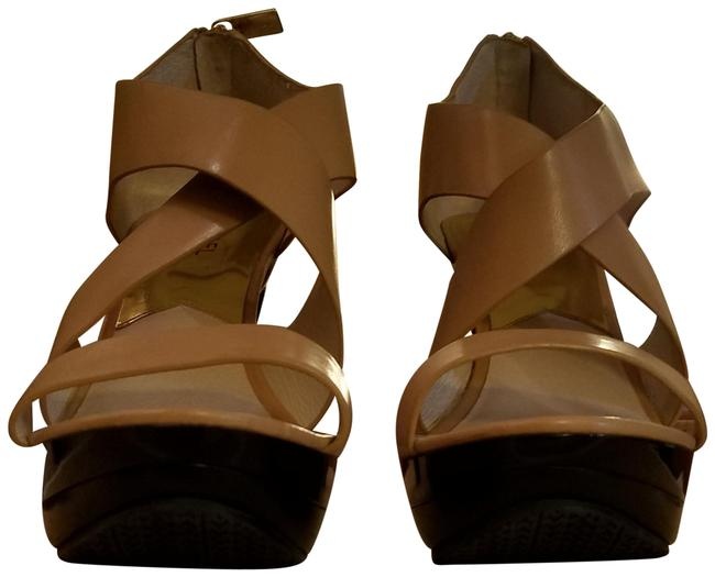 Item - Tan Leather Platform Sandals Size US 9 Regular (M, B)