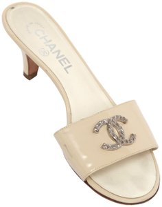64bbf6f063607c Chanel Slides Silver Cc Quilted Patent Leather Beige Sandals
