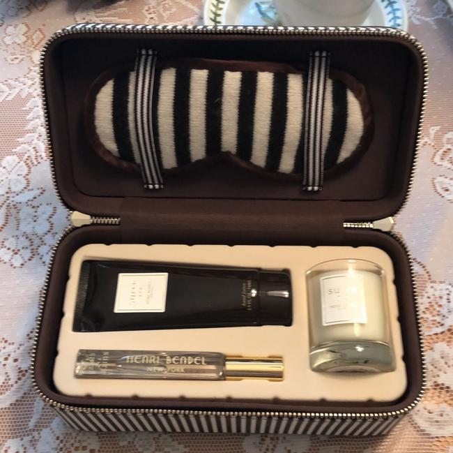 Item - Centennial Striped Brown/White Travel Set Other