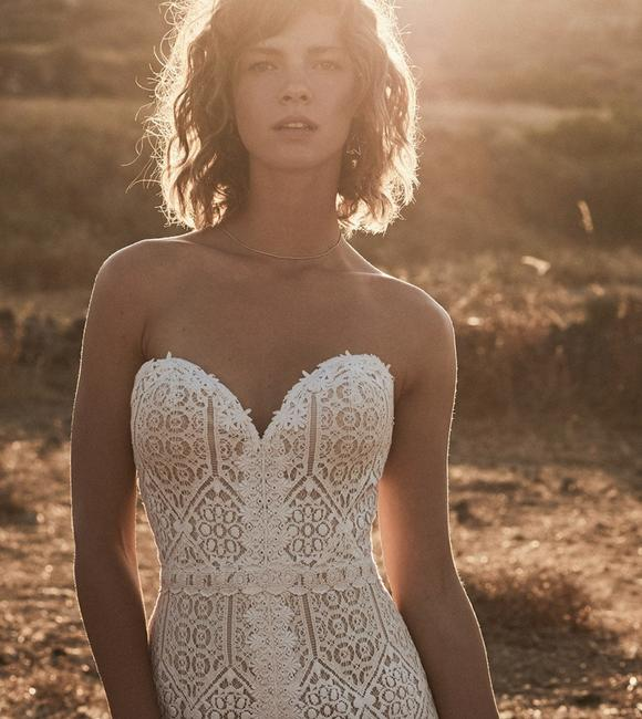 Item - Nude/Ivory/Nude Lace 6513 Casual Wedding Dress Size 2 (XS)