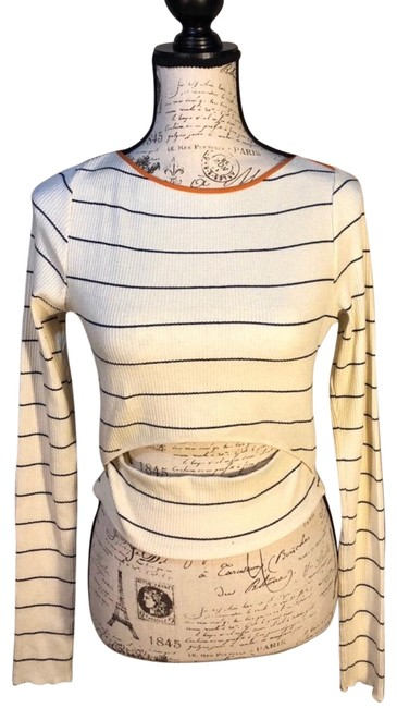 Preload https://img-static.tradesy.com/item/24936268/zara-cream-striped-long-sleeve-cutout-tee-shirt-size-12-l-0-1-650-650.jpg