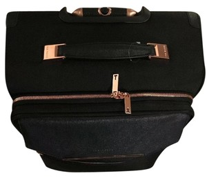 d86952cdc347e Ted Baker Bags - Up to 90% off at Tradesy