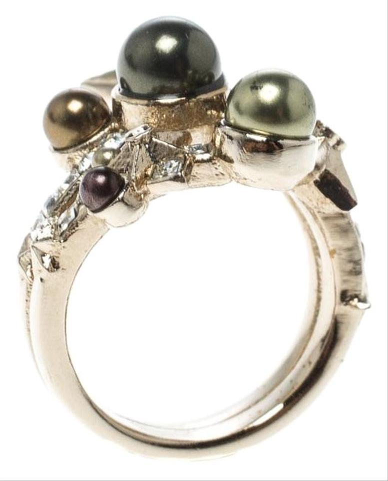 ee81e6d28438d8 Chanel Star Comet Crystal Faux Pearl Gold Tone Ring Size 52.5 Image 0 ...