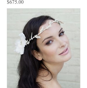 White/Ivory Aria Vine Hair Accessory