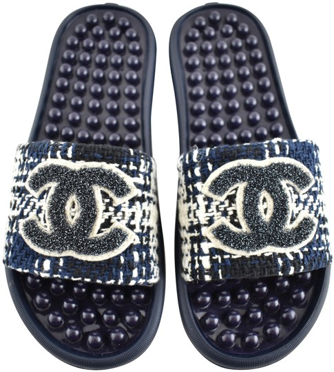 Preload https://img-static.tradesy.com/item/24939949/chanel-blue-18s-black-navy-tweed-cc-logo-mule-pool-slide-flip-flop-flat-sandals-size-eu-37-approx-us-0-1-540-540.jpg