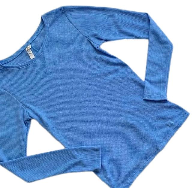 Under Armour Blue Thermal Shirt Activewear Top Size 6 (S) - Tradesy 081d0ebe0c727
