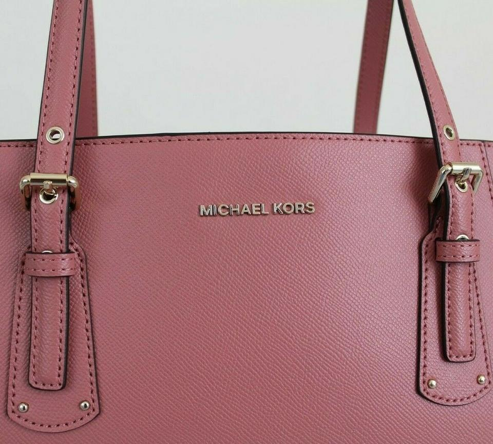 a61b175f00ab Michael Kors Voyager East West Crossgrain Rose/Gold Leather Tote ...