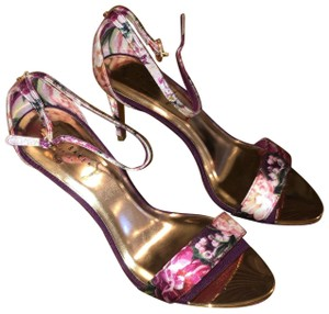b9553ded191d Ted Baker Sandals - Up to 90% off at Tradesy