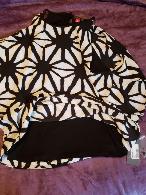 Vince Camuto Top Black/White