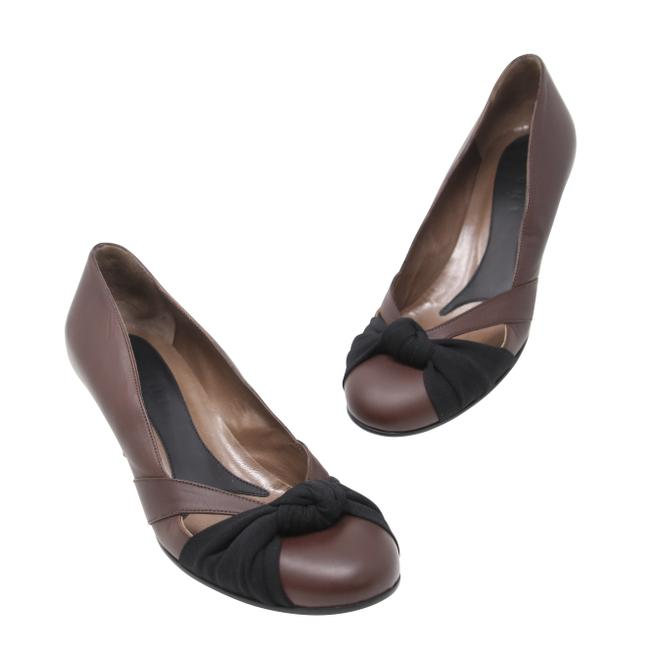 Marni Brown Black Leather Cut Out Twisted Knot Kitten Heel Round 37.5 Pumps Size US 7.5 Regular (M, B) Marni Brown Black Leather Cut Out Twisted Knot Kitten Heel Round 37.5 Pumps Size US 7.5 Regular (M, B) Image 1