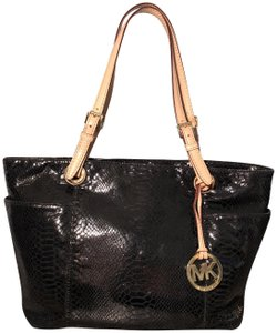 ac8d54e3cf91 Michael Kors Snakeskin Python Embossed Leather Jet Set Croc Tote in Black