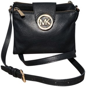 7c764060382b Michael Kors Fulton with Bult In Wallet Black Leather Cross Body Bag ...