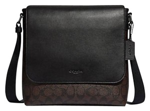 bbc677f7b5 Coach Messenger Bags - Up to 70% off at Tradesy