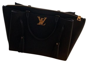 Louis Vuitton Leather Calfskin Removable Strap Tote in Black/Noir