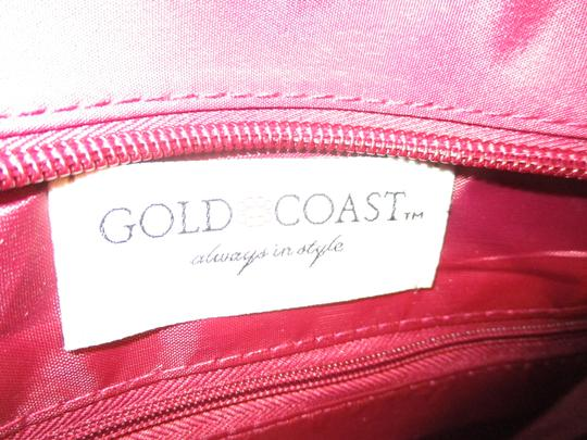 Gold Coast Nylon Canvas Quilted 002 Shoulder Bag Image 3