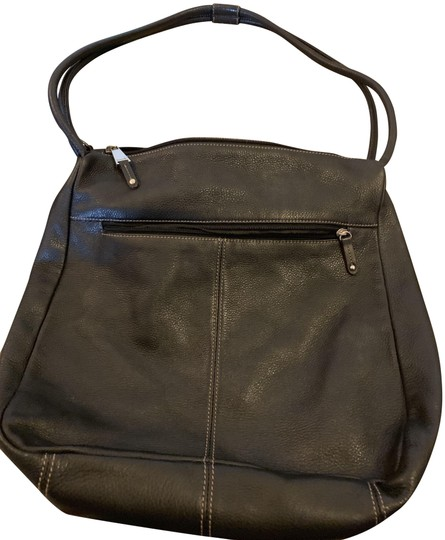 Preload https://img-static.tradesy.com/item/24945445/tignanello-with-2-outside-zip-pockets-black-leather-shoulder-bag-0-1-540-540.jpg