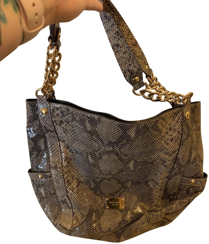 8685ae015412a MICHAEL Michael Kors Snakeskin 2 Outside Pocket Zip Closure Chain Handle  Beige Leather Shoulder Bag