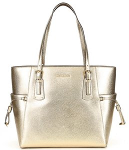 MICHAEL Michael Kors Tote in PALE GOLD