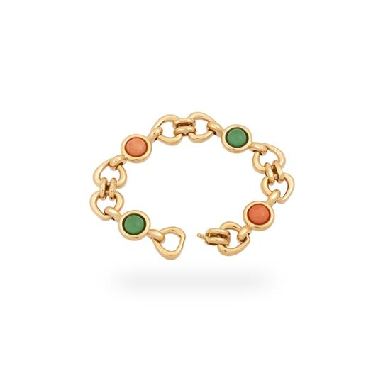 Van Cleef & Arpels Van Cleef & Arples Yellow Gold Coral & Green Jade Heart Love Bracelet Image 2